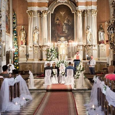 Kirchliche Hochzeit: ab 450€