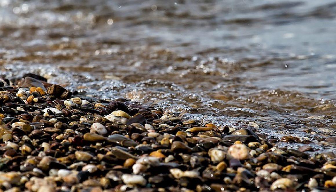 Ins Wasser fällt ein Stein